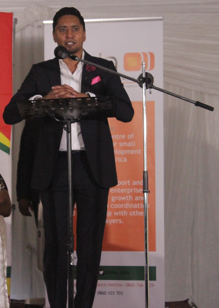 Honourable Mayor Cllr Afzul Rehman addressing aspiring and emerging entrepreneurs at the Small Business Week.
