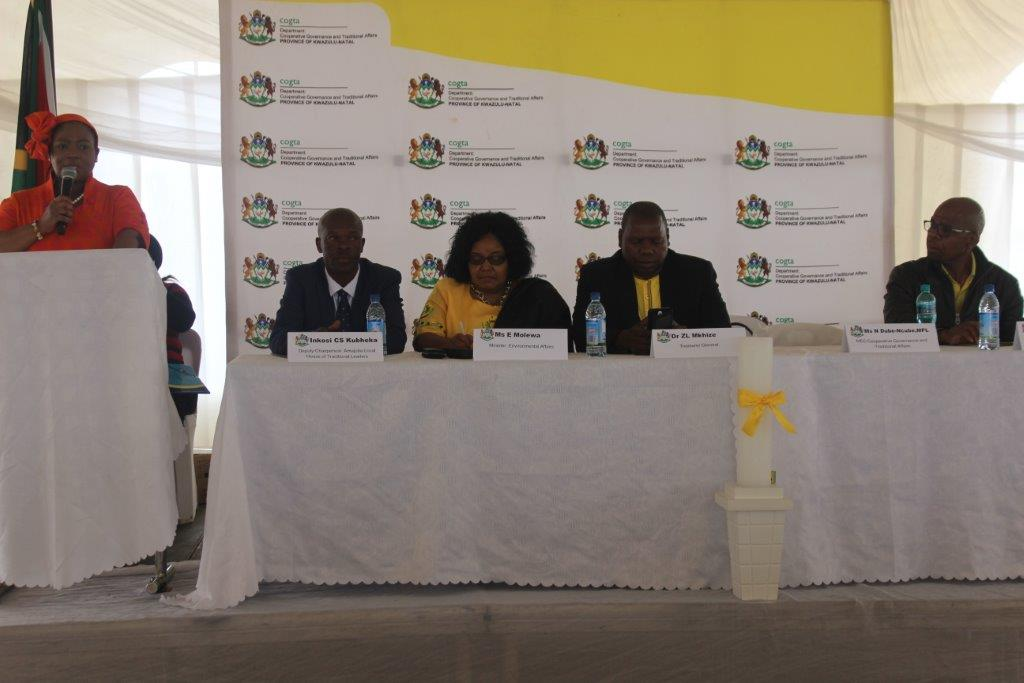MEC for Cogta Nomusa Dube-Ncube, Inkosi Kubheka from ward 6, Minister of Environmental Affairs Edna Molewa, Treasurer General Dr Zweli Mkhize and Amajuba District Mayor Dr N. Ngubane