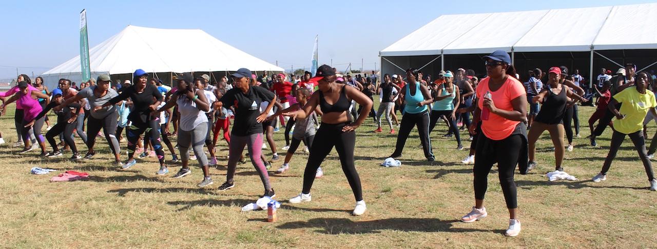 Mass aerobics